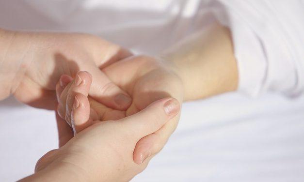 Verrue sur les mains : Quel remède grand-mère utiliser ?