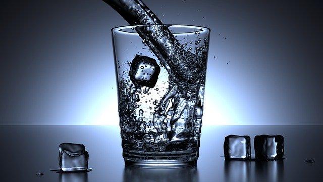 Comment bien s'hydrater pour rester en bonne santé ?