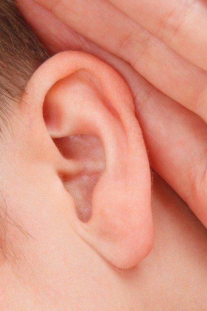 Surveiller son audition grâce à un médecin ORL